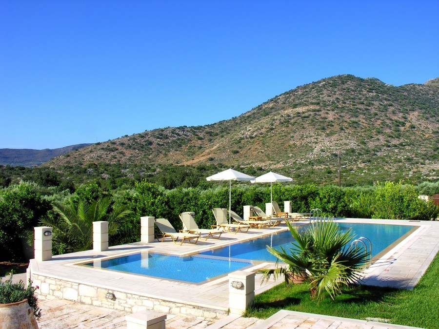 Villa melitta 8 10 pers melidoni - Strand zwembad natuursteen ...
